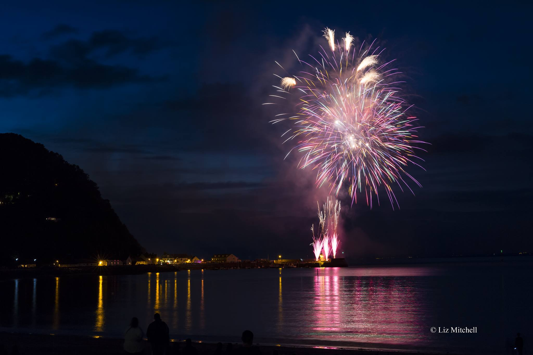 For Fireworks In Somerset Call Taunton 01823 230499